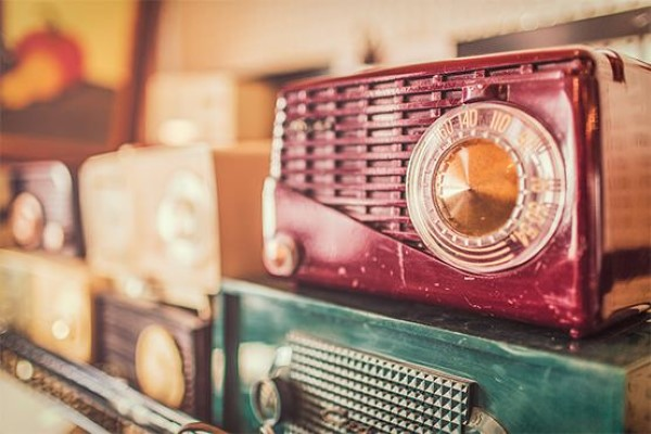 Retro Radio Free Photo