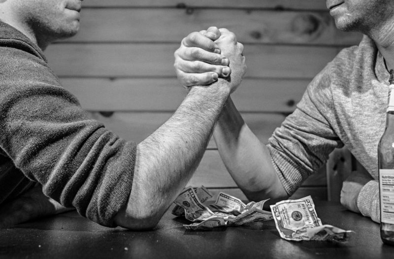 Arm Wrestling Free Photo